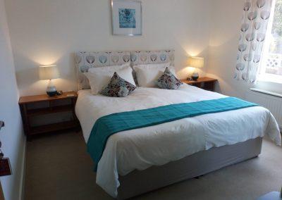 Superking Size Bedroom - Waterton East Suite