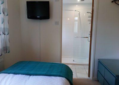 Single Bedroom with En Suite Shower Room - Waterton East Suite